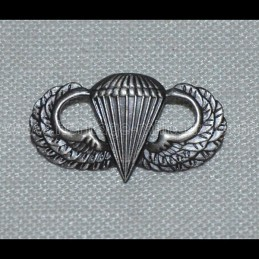 US Para wing badge WWII