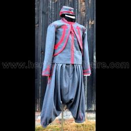 Set uniform of Zouave...