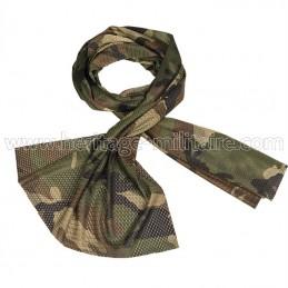Mesh scarf woodland