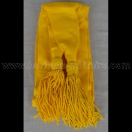 Écharpe en laine jaune