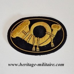 Embroidered insignia officer for hat