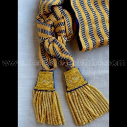 General's command scarf...