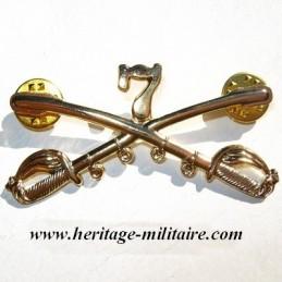 "Metal insignia ""pin's fixing"""