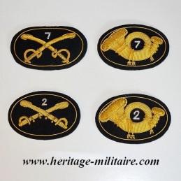 Insigne en tissu avec numéro du régiment