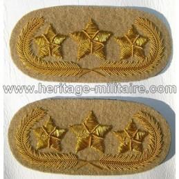 3 stars general collar tabs