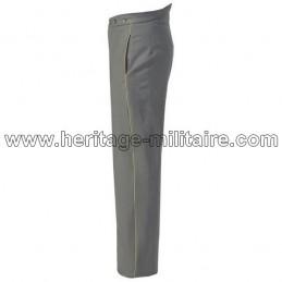 Pantalon gris moyen