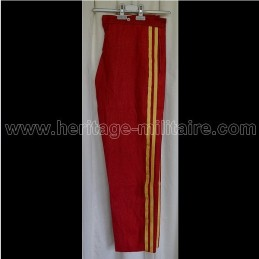 Pantalon d'officier français rouge deux galons dorés Napoleon III