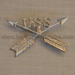 Insigne en métal éclaireur indien guerre indienne 1890