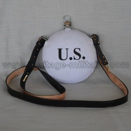 "Canteen marked ""US"" white"