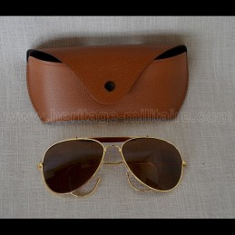 Brown shade sunglasses